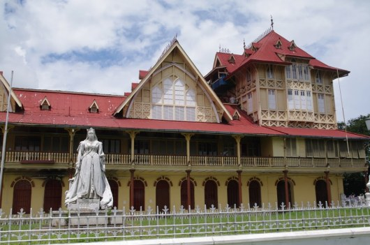 High Court with Statue of Queen Victoria - Georgetown - Guyana
