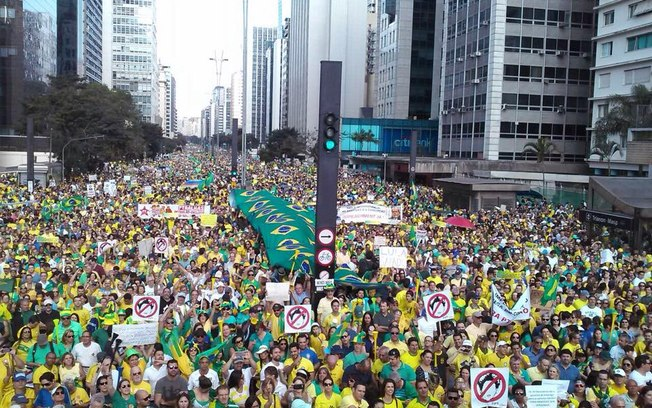 Protesters in Sao Paulo - Brazil - 16 August 2015