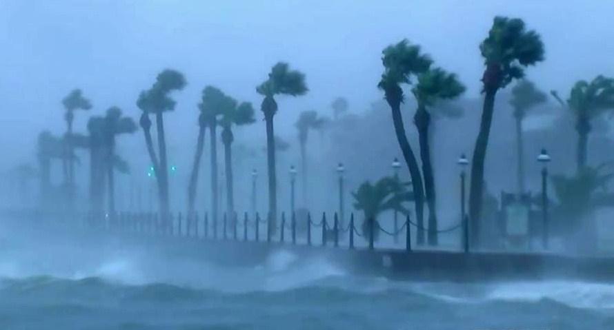hurricane-matthew-storm-surge-threatens-u-s-eastern-seaboard-october-2016