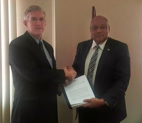 ExxonMobil Country Manager receives Production License from Guyana Minister of Natural Resources - 15 June 2017